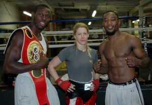 Marianne Marston (Centre) with Steve 'USS' Cunningham (L) and Jamaal 'Da Truth' Davis following a sparring session at The James Shuler Memorial Gym in 2008