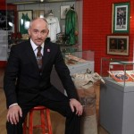 Barry McGuigan launches Irish Arts Center's 'Fighting Irishmen' exhibit in Northern Ireland
